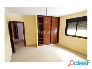 Apartamento de 2 habitaciones, garaje y trastero en Buzanada
