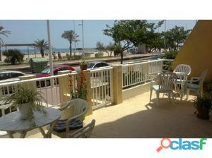 Apartamento de 3 habitaciones en primerísima linea de playa
