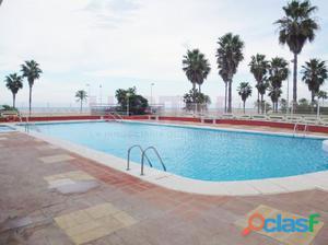 Apartamento en venta en Cullera, en primera línea de playa.