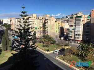 Apartamento reformado con buenas vistas