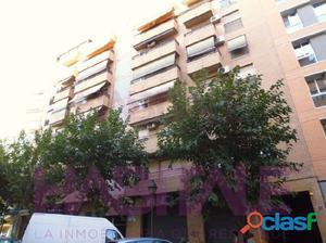 Barrio de San Isidro, piso en buenas condiciones