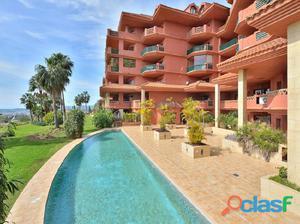Bonito y cómodo apartamento en zona del Higuerón,