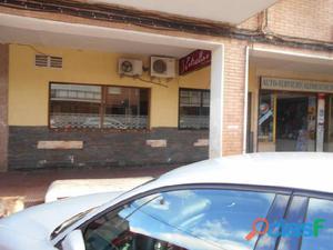CAFETERIA EN LA MEJOR ZONA DEL BARRIO VENECIA (POSIBILIDAD