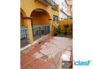 Casa pareada en venta en la zona de Avenida de Mijas.