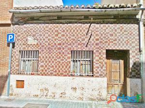 Casa típica del Cabanyal para reformar de 90 m² con