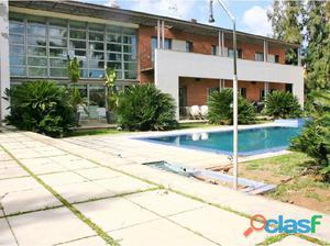 Chalet 6 habitaciones, DuplexVenta Paterna
