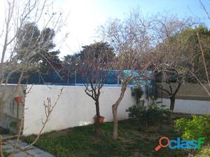 Chalet con terreno y piscina, 3 habitaciones