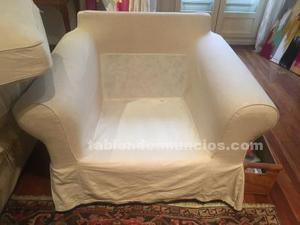 Dos sillones de ikea en perfecto estado.