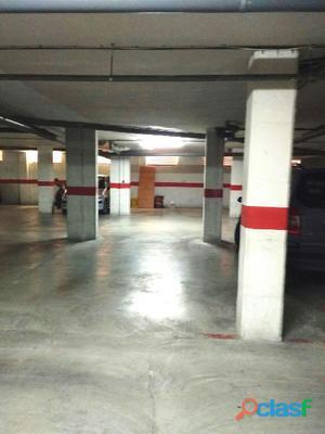 En Puente Tocinos, se alquila Plaza de garaje muy céntrica.