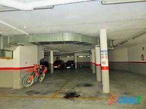 En venta 2 plazas de parking en el centro de Sant Pere de