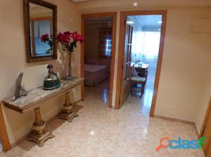 Estupendo piso en Gran Vía de Alicante, frente al puente