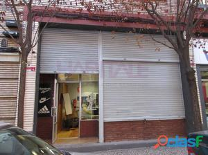 Excelente oportunidad. Se vende local comercial en C/