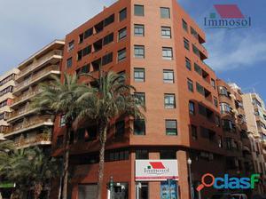 Excelente Ático de Obra Nueva en el centro de Alicante
