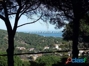 Gran terreno con vistas en Las Sureres de Mataró