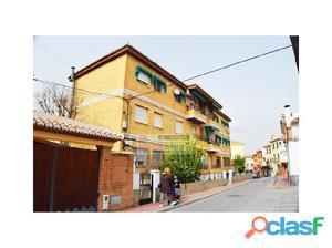 LA ZUBIA, sólo 70.000 €, amplio piso céntrico con 4