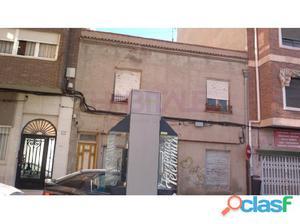 Local casa Avd. Chapí, Elda. 70.000 euros.