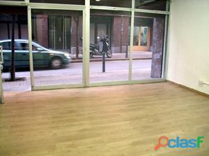 Local comercial 42 m2 en planta calle. En el centro de Sant