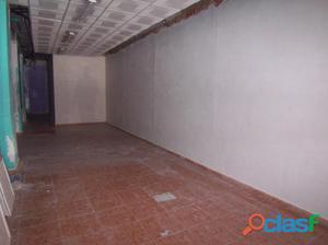 Local de 106 m2 en av. cid
