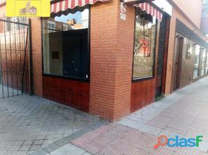 Local en Calle Andalucia, Zona Juncal