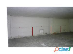 Lote en venta 18 plazas de aparcamiento en Benetusser