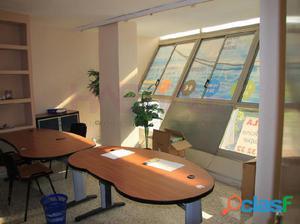 Oficina de 80 m2 en el centro.