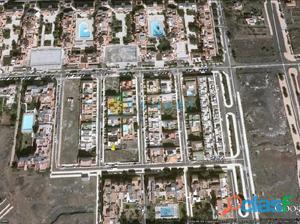 PARQUE DE LA REINA PARCELA PARA 1 VIVIENDA DE 270 M² 90 M²