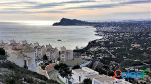 Parcela en Altea a la venta con vistas impresionantes al mar