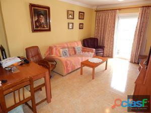 Piso de 2 dormitorios en venta en Las Lagunas, Mijas Costa