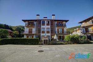 Piso de 3 dormitorios en Aizarotz