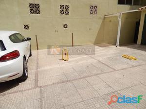 Plaza de garaje en venta en 2º línea de playa en pleno