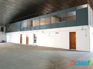 ¡¡ SE ALQUILA!! EXCELENTE NAVE COMERCIAL DE 2.000 m2