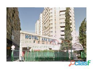 Se Alquila Local comercial de 110 m2 con 6m2 altura y 10m