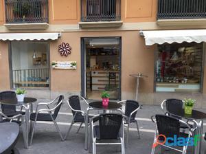 Se traspasa cafertería-panadería en la Calle San Saturnino