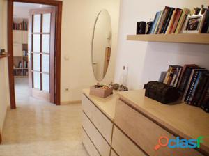 Se vende piso seminuevo de 64 m2 con dos habitaciones, muy