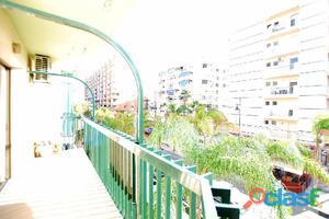 Venta Piso en Fuengirola centro de 3 dormitorios a 50 mts de