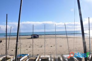 Villa en primera línea de playa en Benicásim
