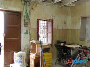 casa de pueblo para reformar de 50 m² por planta en