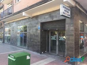 Alquiler Local con Licencia de Bar en el Paseo Juan Carlos