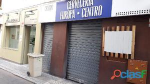 Amplio Local en Venta C/ Albareda