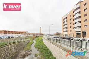 Bonito piso en Av Cádiz con posible división en 1 vivienda