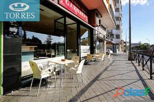 Le ofrecemos un local de 70 m2 instalado como cafeteria...