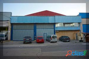 Nave industrial en P.I. de Rafelbunyol (Valencia) con sup.