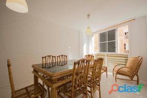 Se vende lindo y confortable piso VPO
