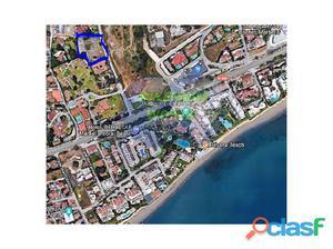 Terreno para 4 villas en Marbella a 150 m de la playa