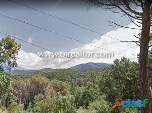 Gran terreno con vistas al Montseny en venta en Collsacreu,