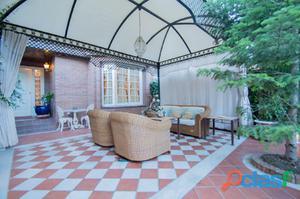 Magnifica casa en Urbanizacion exclusiva en Granada capital,