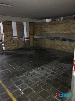 Plaza Parking para coche grande, Sant Gervasi-Galvany