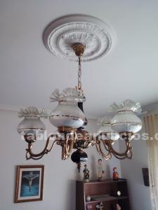 Se vende lámpara clásica para dormitorio
