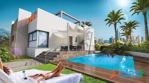 Villa de lujo con 360 m2 de parcela y piscina privada