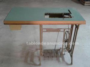 Mueble maquina de coser